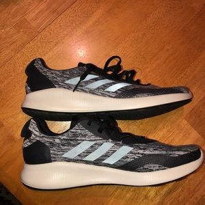 Brand new adidas bounce + running Shoes!